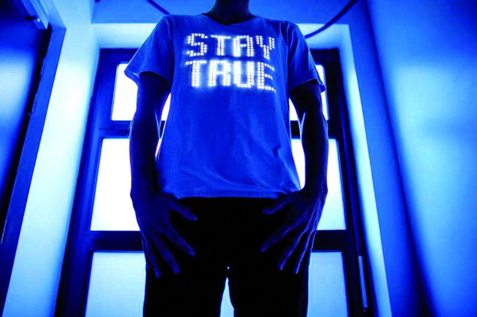 T-shirt Stay True Pernod Ricard en partenariat avec la start-up Switch Embassy